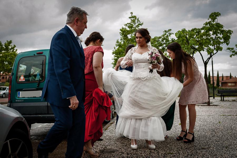 Una gran boda en Zaragoza con una tarde de tormenta